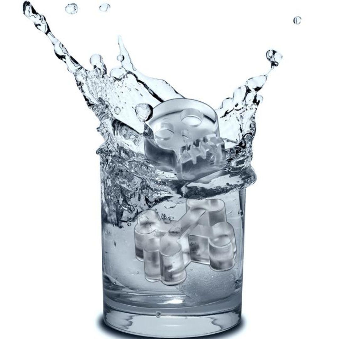 Форма для льда Черепа BoneChillers Льдинки в стакане