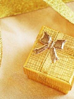 Что подарить воспитателю на День Рождения?