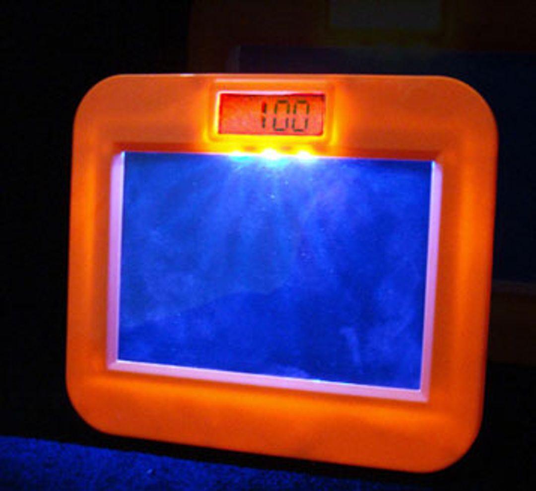Будильник со светящейся запиской и аудиозаписью