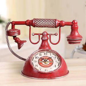 Винтажные часы Телефон