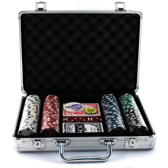 Покерный набор (200 фишек)