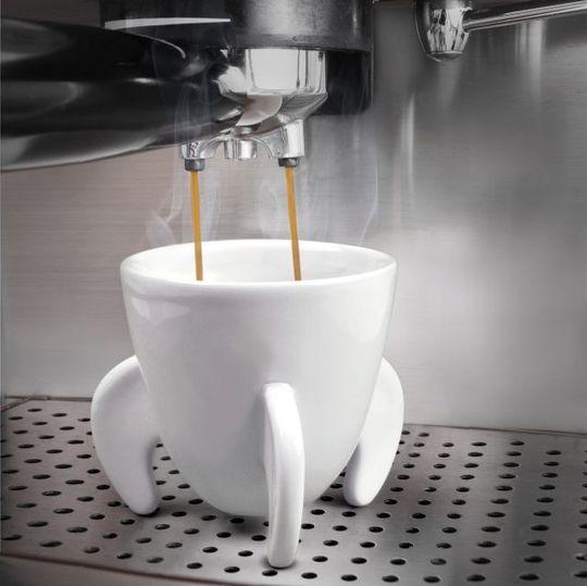 Кофейные чашки Бомбы Blast Off В кофемашине