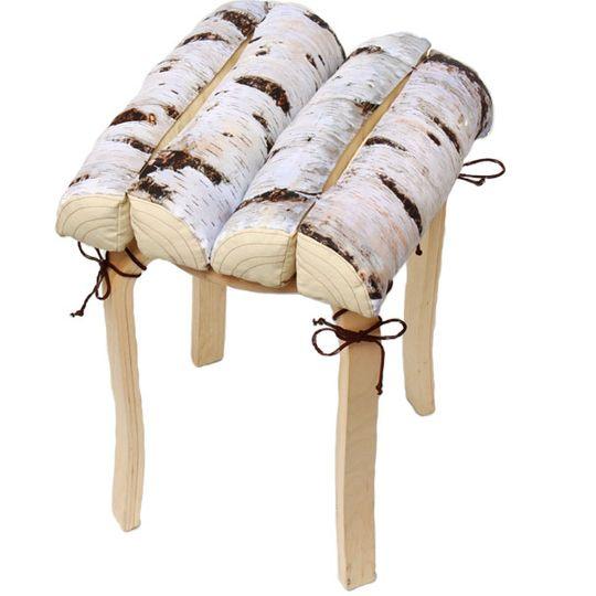 Подушка на стул Березовые поленья На табуретке