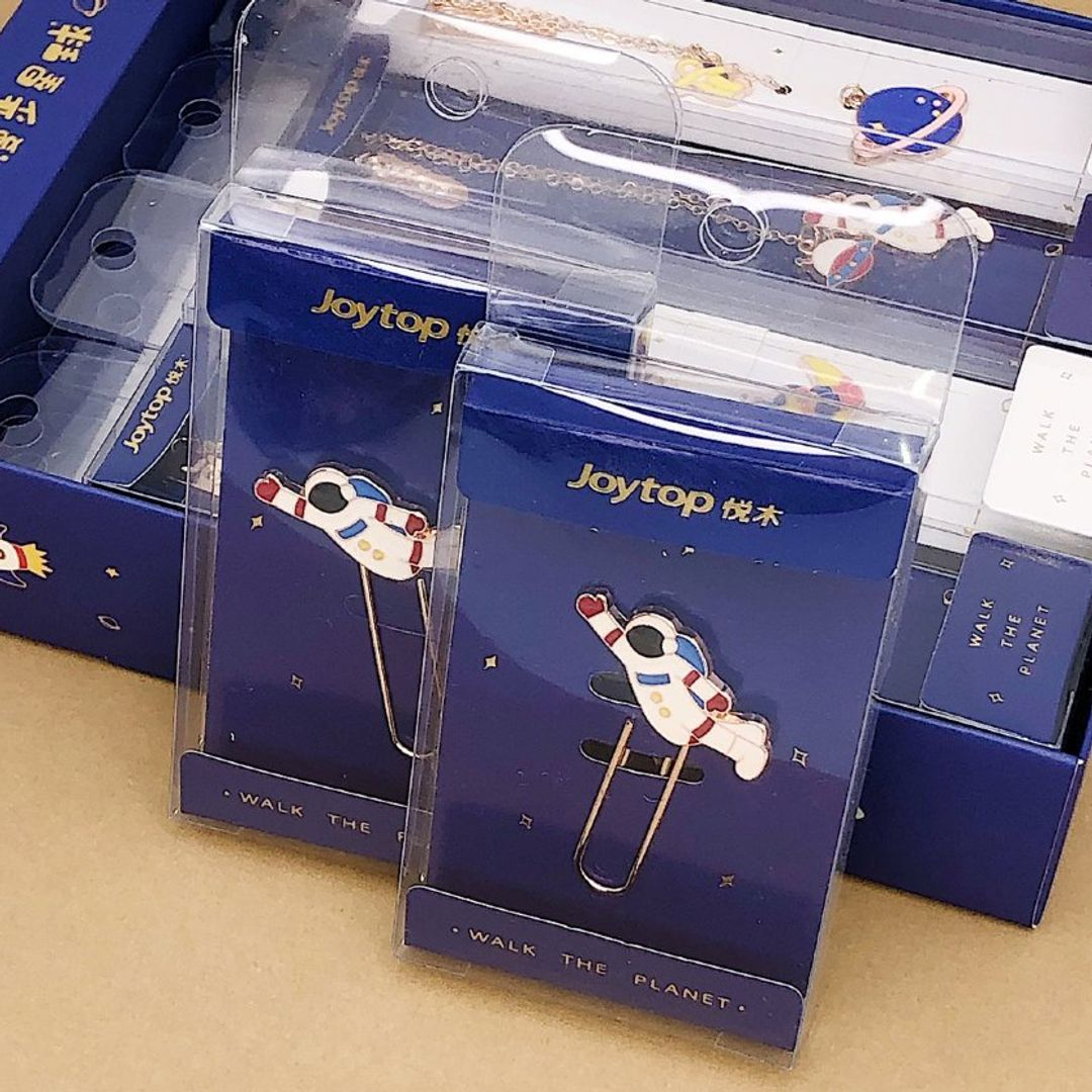 Закладка для книг Walking cosmonaut