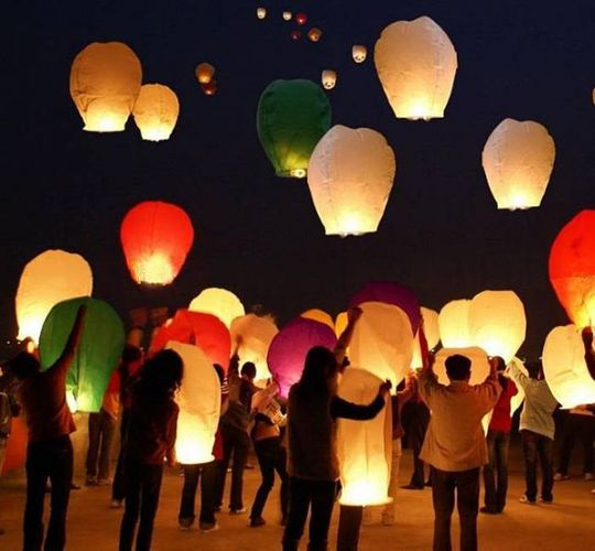 Летающий фонарик Сердце Разные цвета