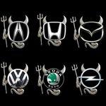 Наклейка на эмблему авто Чёртик
