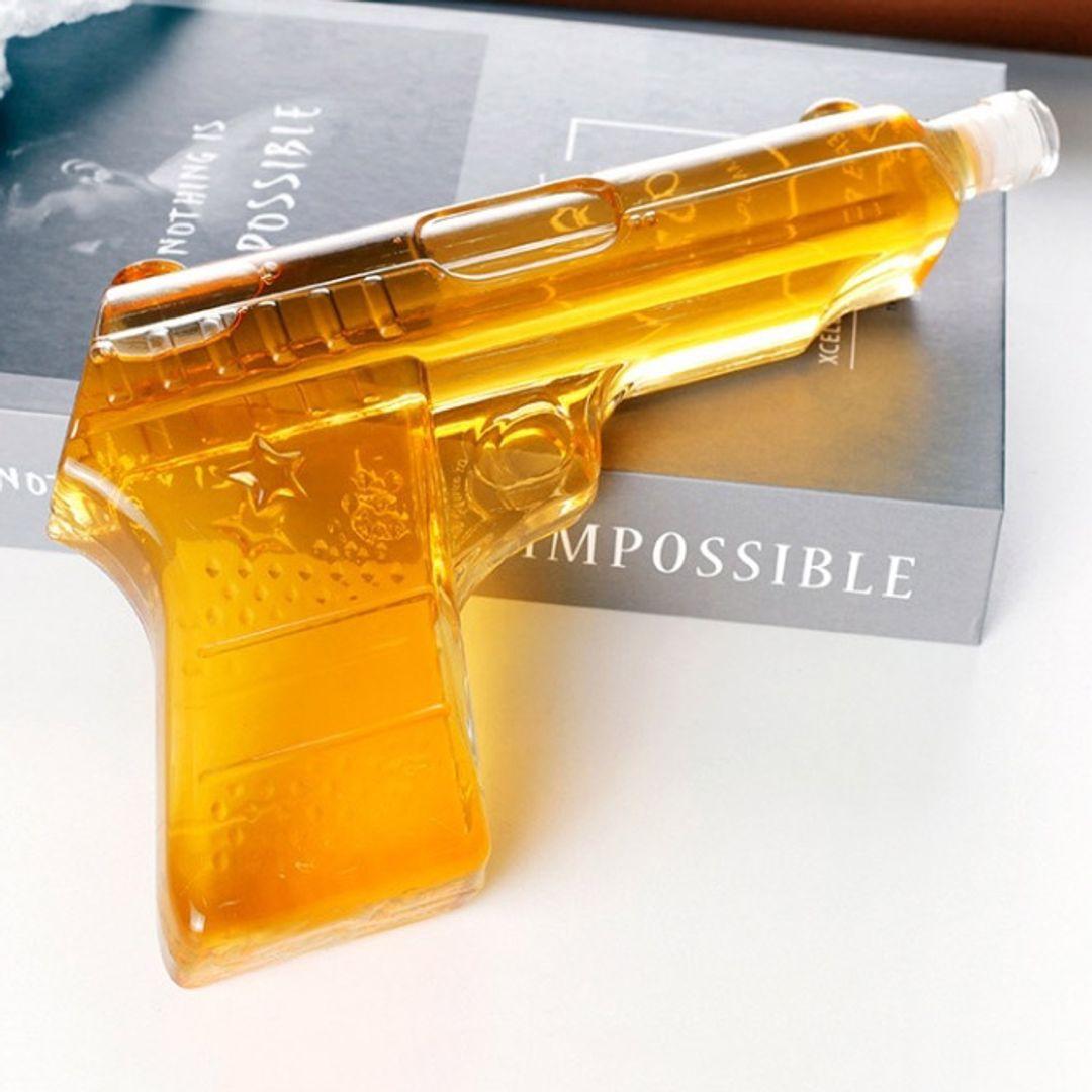 Емкость для напитков Пистолет (470 мл)