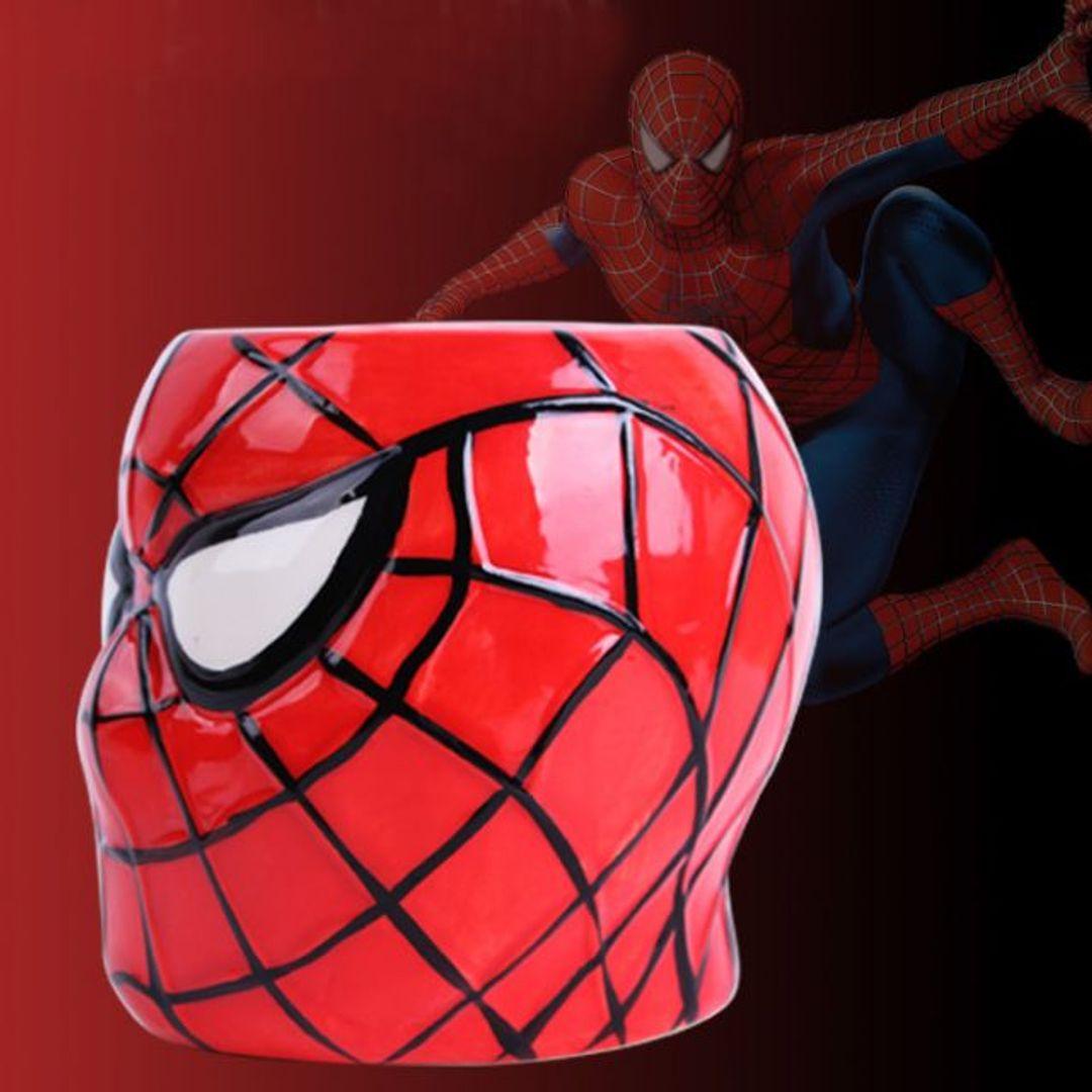 Кружка Человек-Паук Spiderman Вид справа