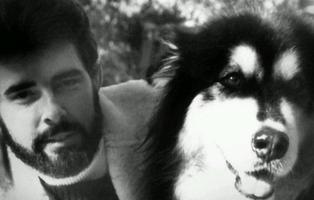 Джордж Лукас со своей собакой по кличке Индиана
