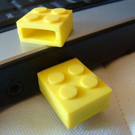 Флешка Лего 8 Гб (Желтая) Использование