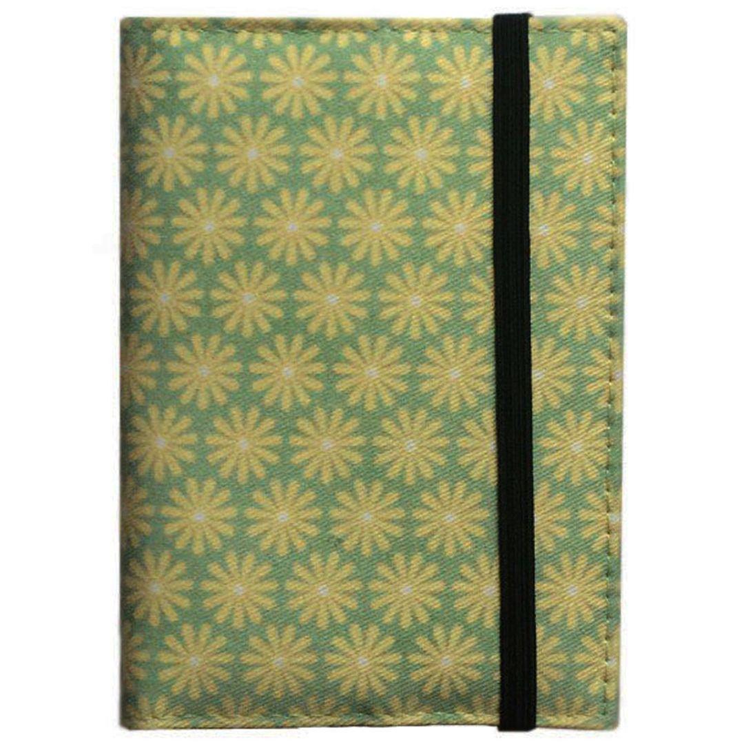 Обложка для паспорта Yellow Green Фиксируется резинкой сверху