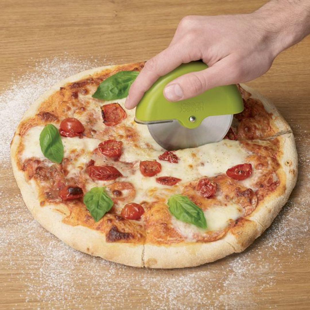 Нож для пиццы Роллер
