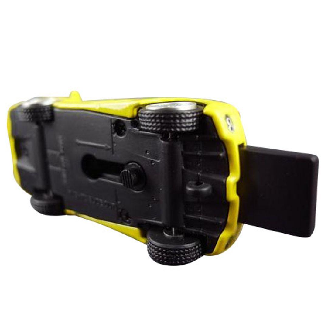 Флешка Ferrari 8 Гб (Желтый) Вид снизу, с выдвинутым носителем