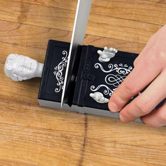 Точилка для ножей Sharp Act