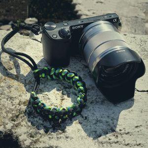 Кистевой ремень для фотоаппарата Пиранья