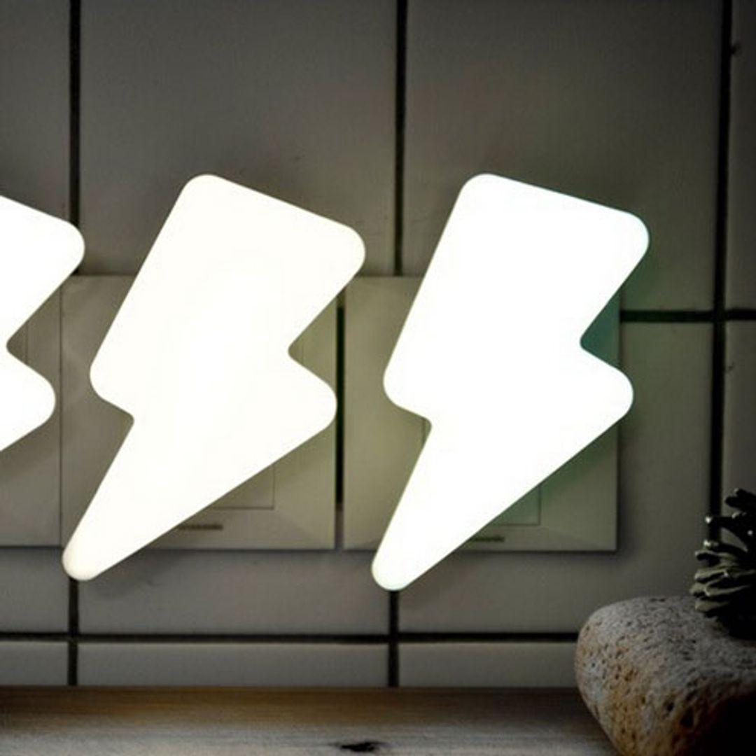 Ночник Молния В комплекте один светильник