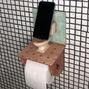 Держатель для туалетной бумаги с полочкой Санузел связи