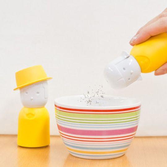 Солонка и перечница Mrs. Salt & Mr. Pepper (Желтый) Использование