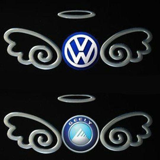 Наклейка на эмблему авто Ангел