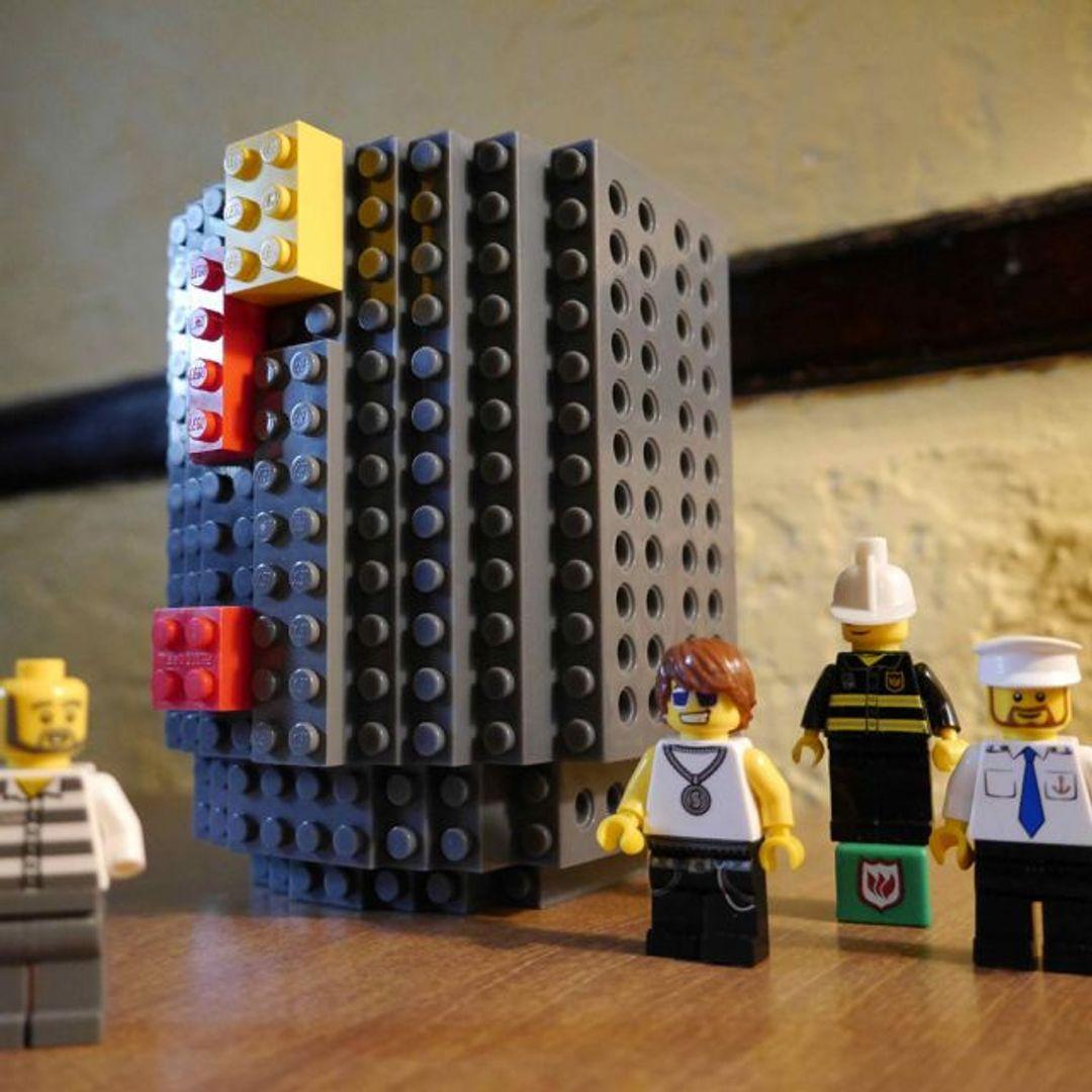 Кружка Лего (Серая) С деталями лего