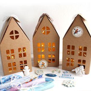 Набор для творчества Рождественские домики с гирляндой