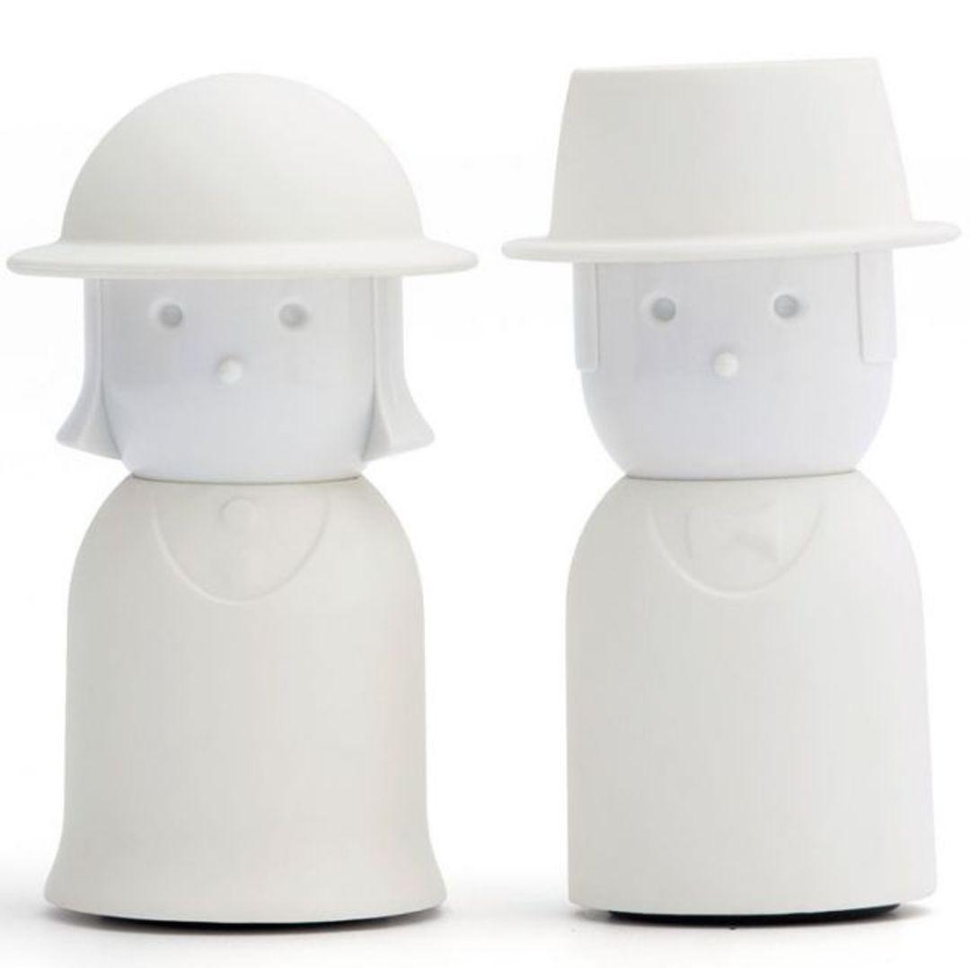 Солонка и перечница Mrs. Salt & Mr. Pepper (Белый)