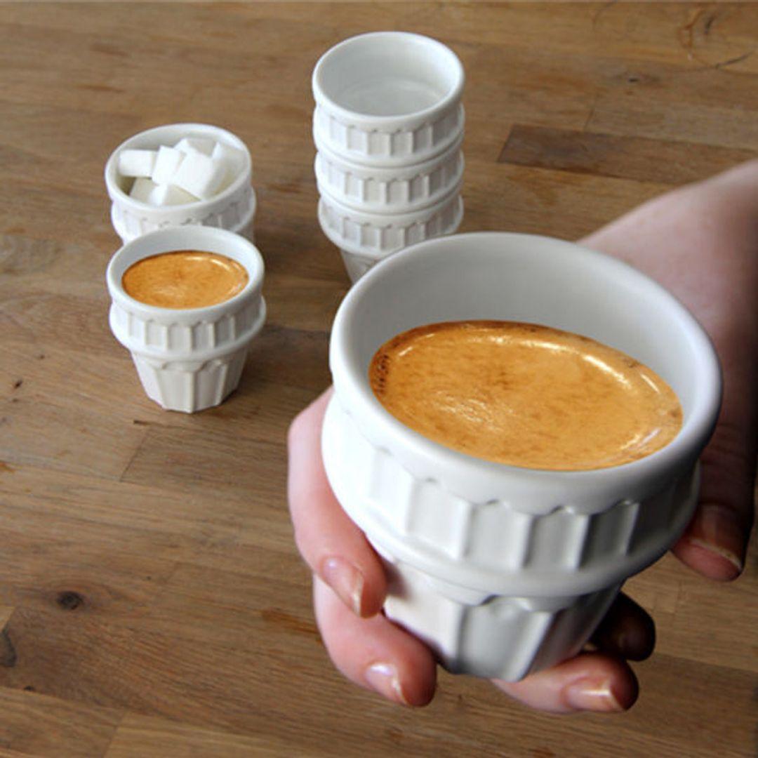 Набор чашек Пизанская башня С кофе