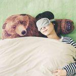 Подушка Рука медведя Bear Hug Pillow В жизни