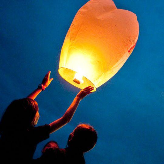 Летающий фонарик (Оранжевый) Запуск