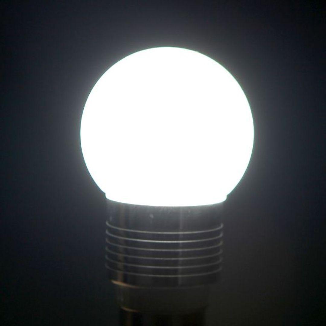 USB Лампочка Подключена и светится