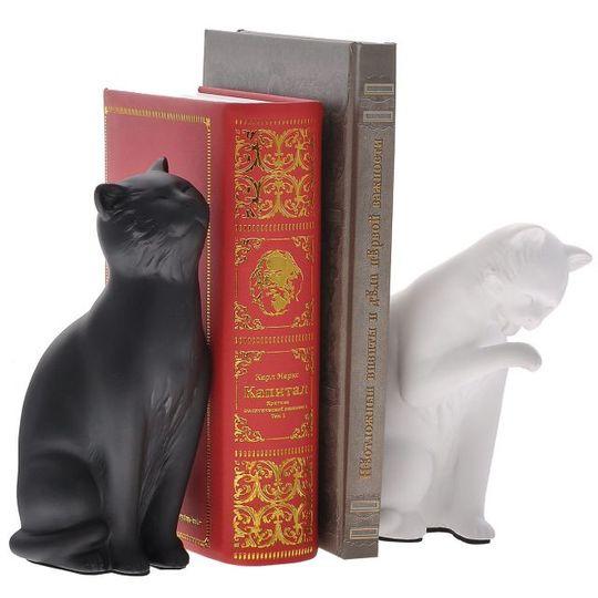 Подпорки для книг Кошки