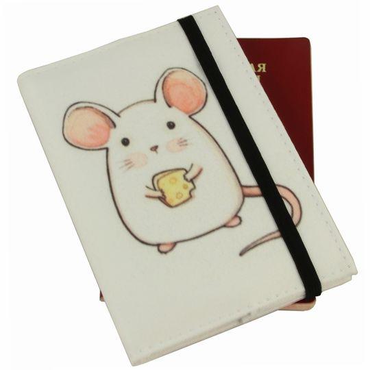 Обложка для паспорта White Mouse
