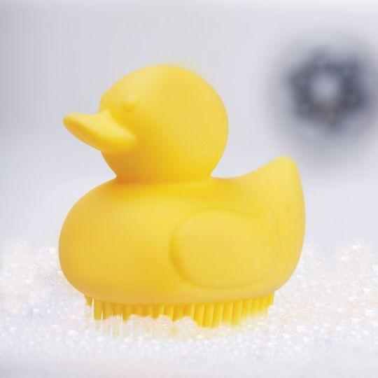 Щетка для ванной Уточка Scrubber Ducky В ванной