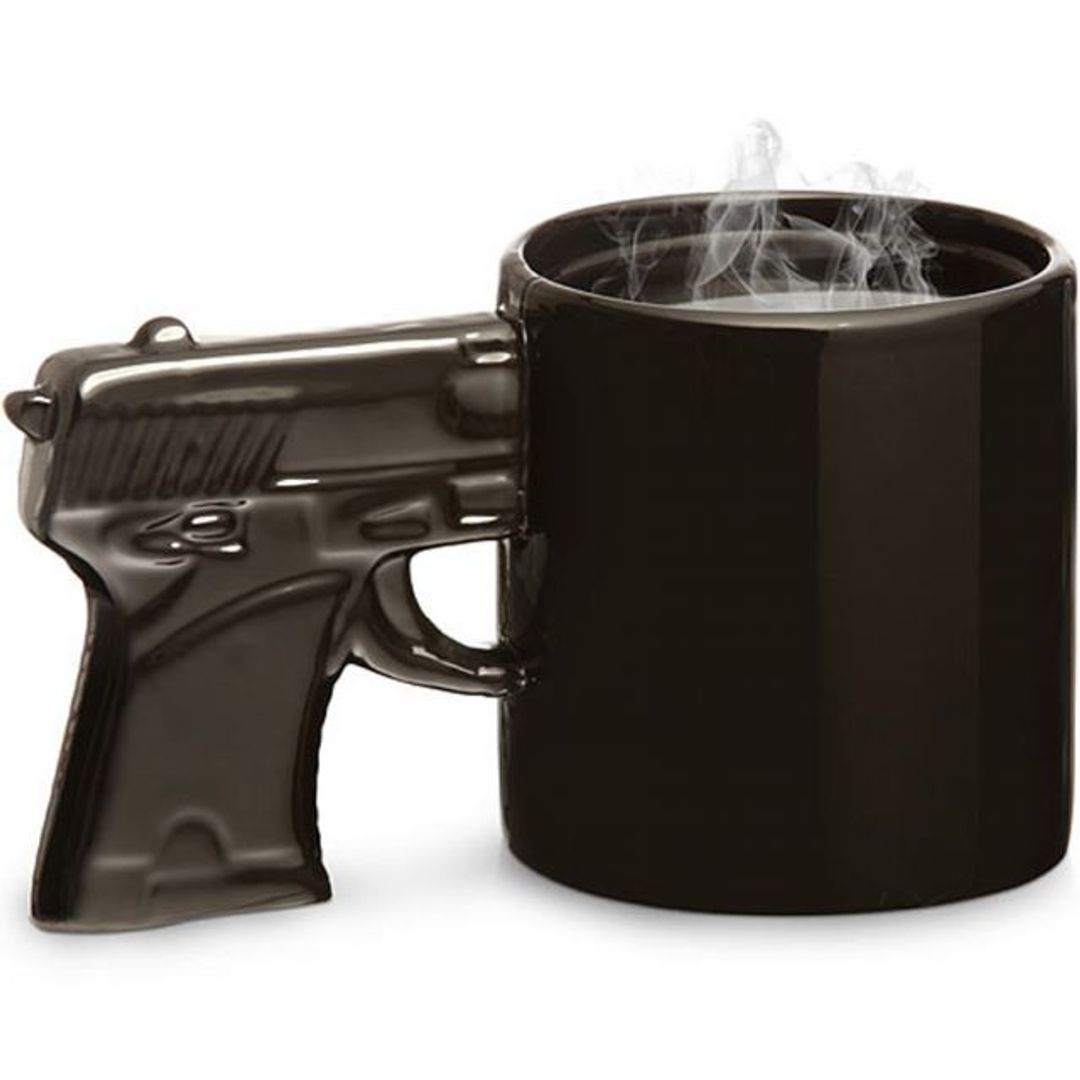 Кружка Пистолет (Черная с черной ручкой)