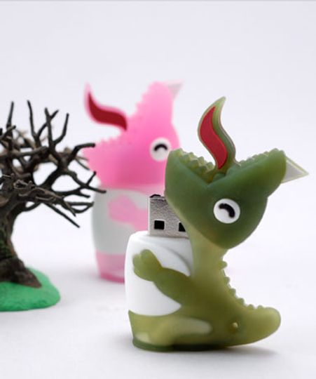 Флешка Динозавр Розовый 2 Гб
