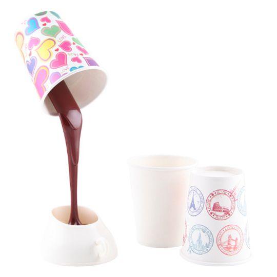 Светильник Выливающийся кофе Сменные стаканчики-абажуры