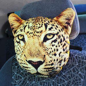 Подушка на подголовник Леопард