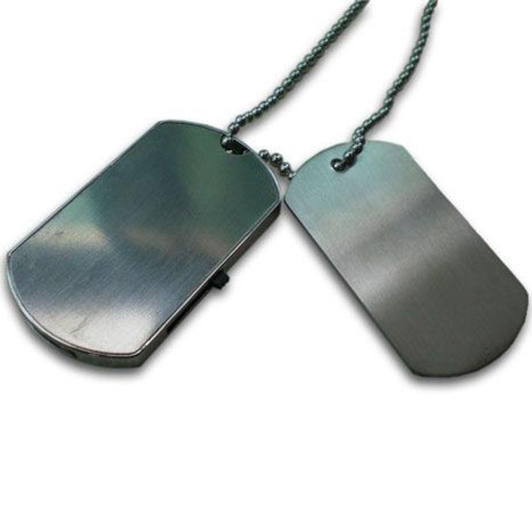 Флешка Армейский жетон 8 Гб В сравнении с настоящим жетоном