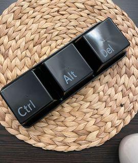 Набор чашек Ctrl+Alt+Del Отзыв