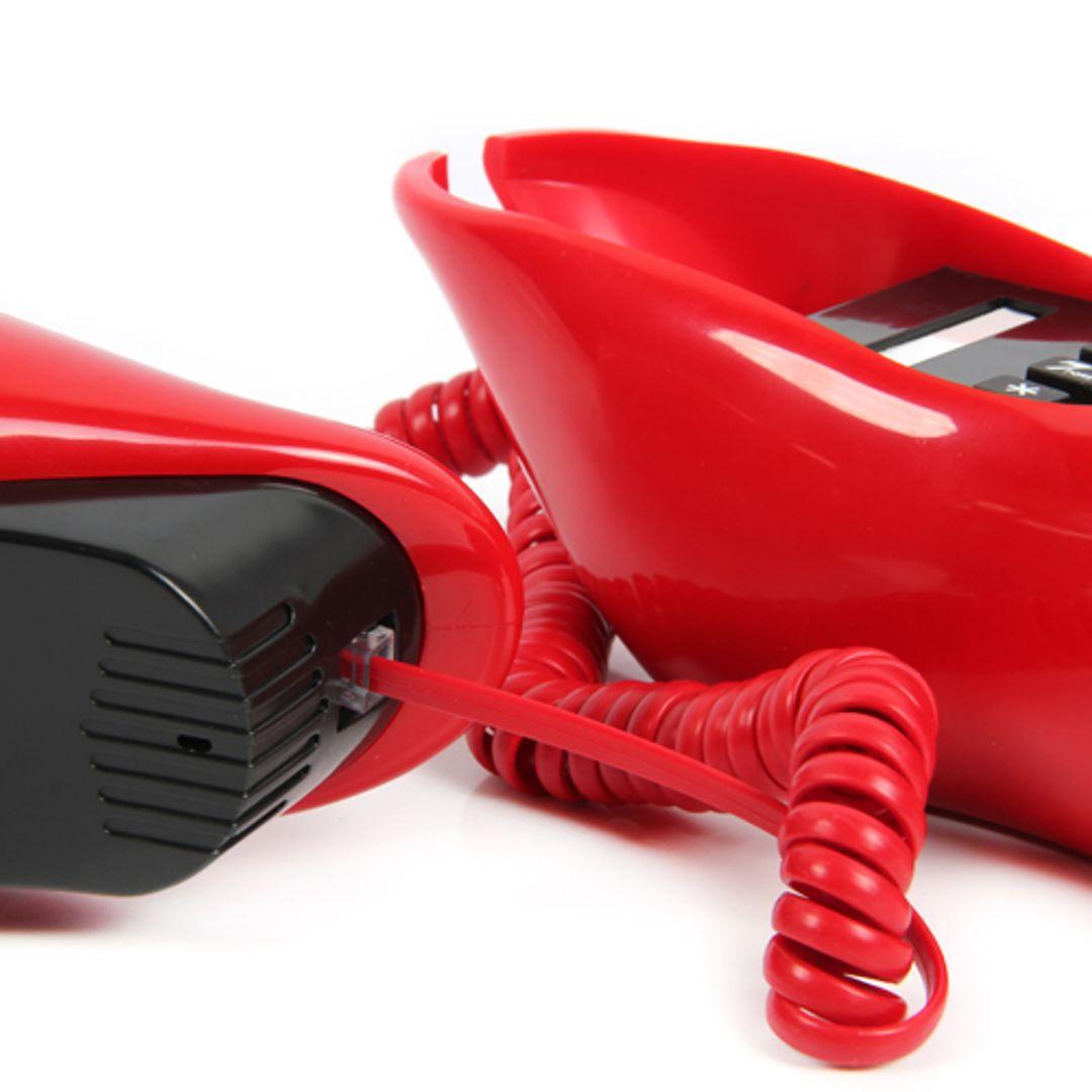 Телефон Губы Алый телефонный провод