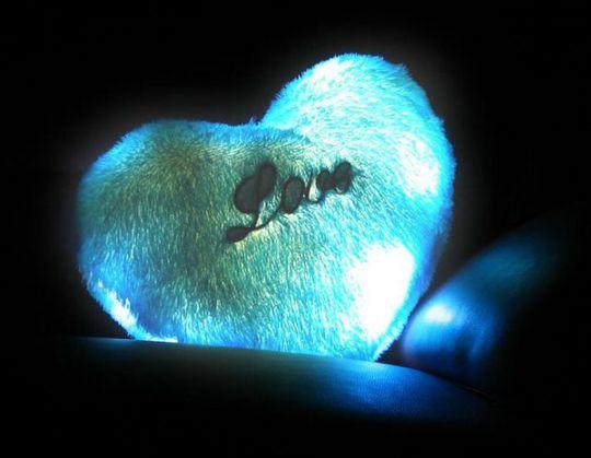 Светящаяся подушка Сердечко Голубое